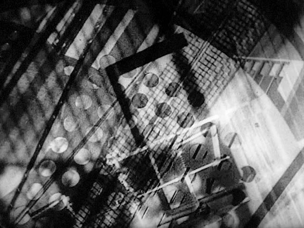 MOHOLY-NAGY László Light Play - Black-White-Grey, 1930 Film with music, 6 min Hattula Moholy-Nagy, Ann Arbor, Michigan ©Hattula Moholy-Nagy/VEGAP 2011