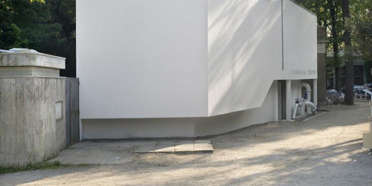 Sigalit Landau One Man's Floor Is Another Man's Feelings, 2011 Installation view, Israeli Pavilion, 54th Venice Biennale, Venice, 2011 © Sigalit Landau Courtesy the artist and kamel mennour, Paris
