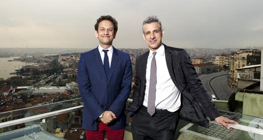 Adriano Pedrosa and Jens Hoffmann - 12 bienal kuratorler