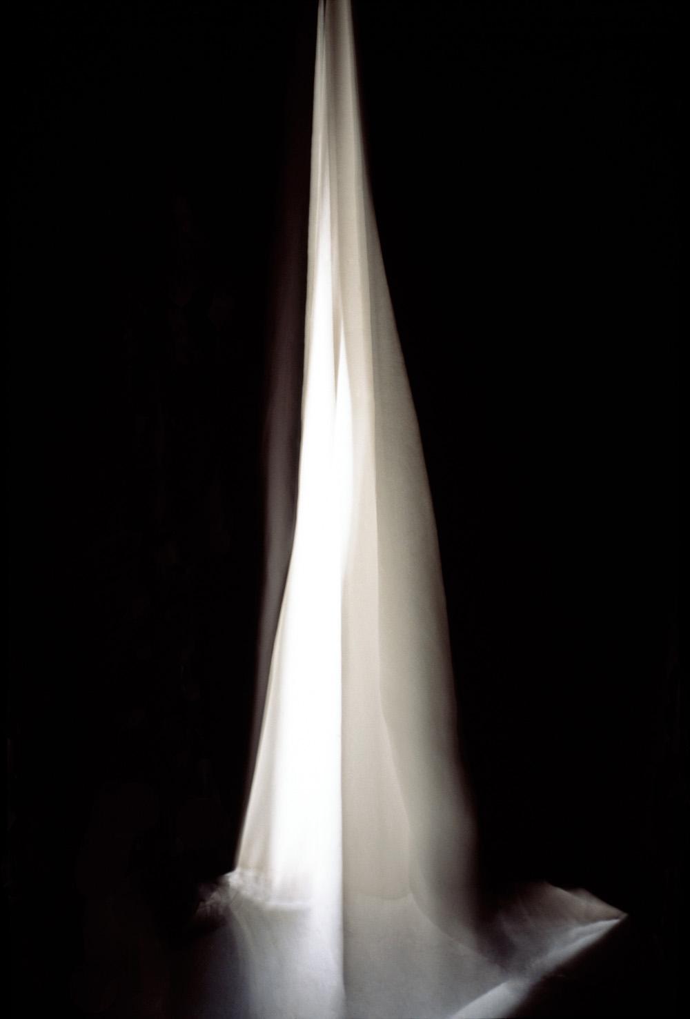 Soglia a specchio - Aperture 2009, cm 180 x105, stampa Ink-jet su specchio