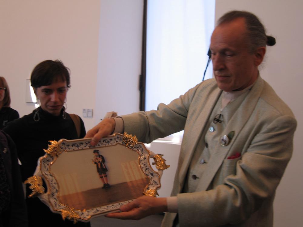 RivoltArteAltrove, mostra di Luifgi Ontani, nell'ambito del progetto Le scatole viventi/The Living Boxes