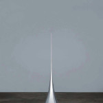 Hiroshi Sugimoto, Conceptual form 011, 2008. Surface of revolution with constant negative curvature Aluminum, mirror (h. 300 cm, d 70 cm) copyright Hiroshi Sugimoto