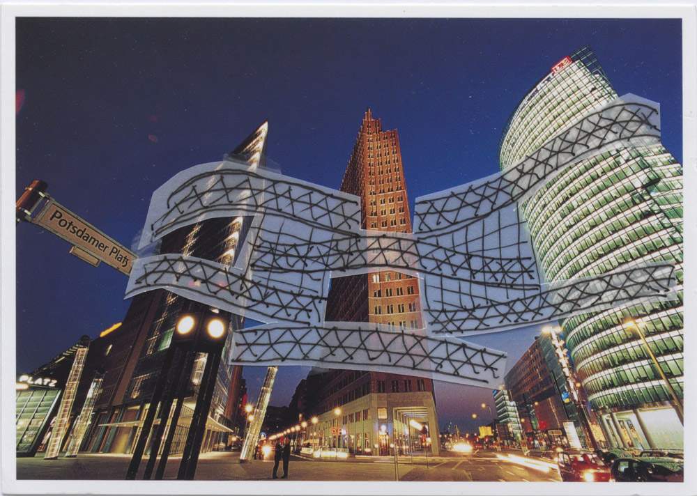 Yona Friedman: Potsdamer Platz, 2003 Kollázs, 10,5 x 14,7 cm ©Yona Friedman. A művész és a kamel mennour, Paris jóvoltából. Yona Friedman: Potsdamer Platz, 2003 Collage, 10,5 x 14,7 cm ©Yona Friedman. Courtesy of the artist and kamel mennour, Paris