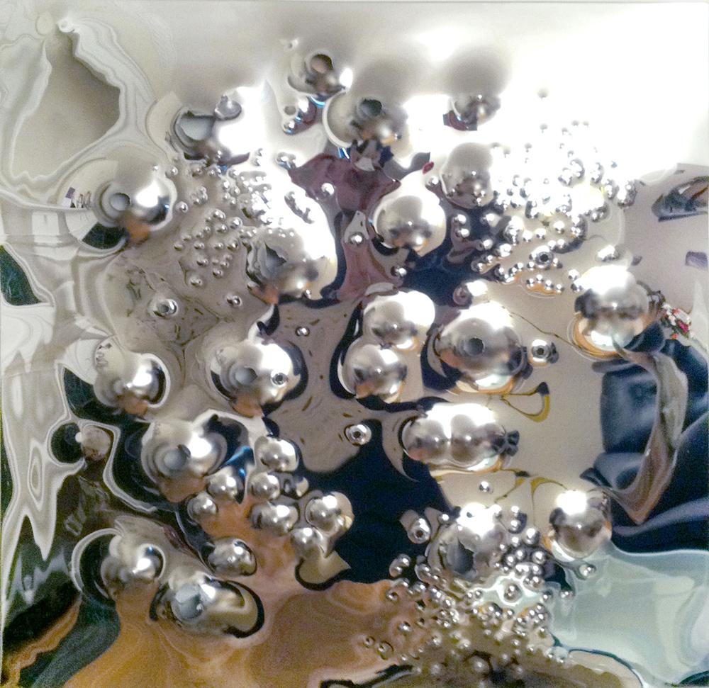 Today Is A Good Day, 2011 alluminio lucidato a specchio perforato da pallottole, cm 90x90 - Courtesy dell'artista e Brand New Gallery, Milano