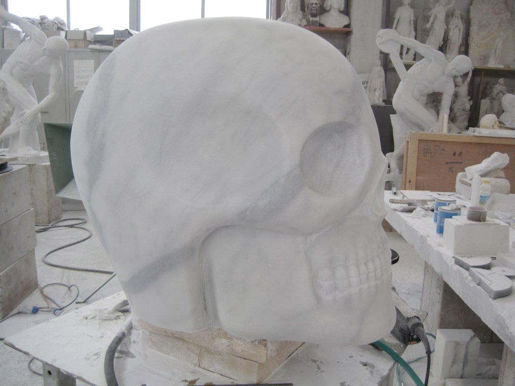 Consolle &quot;Tatoo Skull&quot; plexiglass with application 170 h. x 49 x 42 cm. Limited Editions N.1/9 Year 2011 Edizioni Galleria Colombari