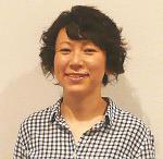 Mika Kuraya, curator