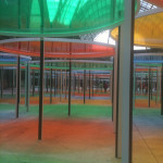 foto di Vra Amsellem, Daniel Buren, Excentrique(s), travail in situ, 2012, Monumenta, Grand Palais, Paris