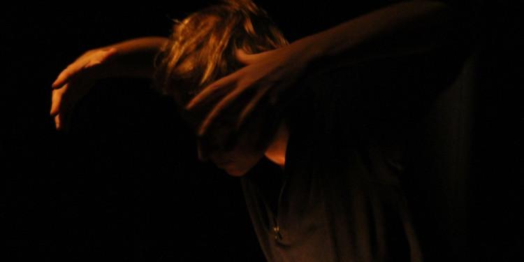 Simona Lisi in Quel che ho visto e udito (foto Laura Ferrante)