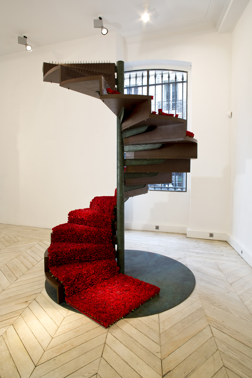 Like In Love Perhaps, 2011 - Wood, Nails and ornamental roses 274 x 198 x 198 cm