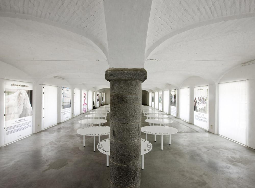 Sala delle Colonne, Cittadellarte – Fondazione Pistoletto Fotografia di Enrico Amici