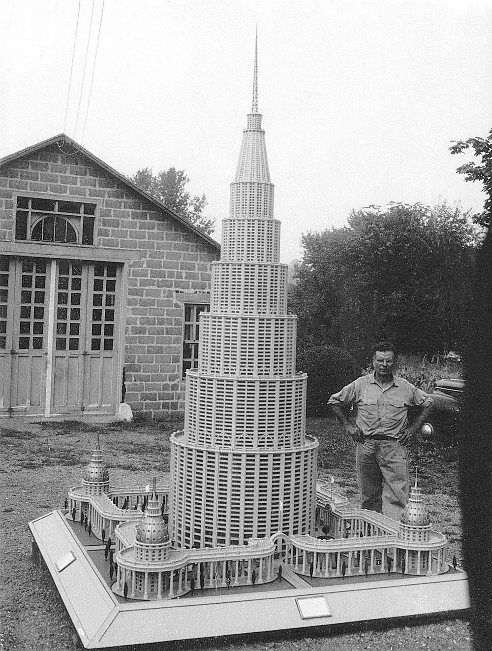 Marino Auriti 2002.35.1in_situ.jpg Marino Auriti with the Encyclopedic Palace of the World Photographer unidentified, c. 1950s Collection American Folk Art Museum, New York