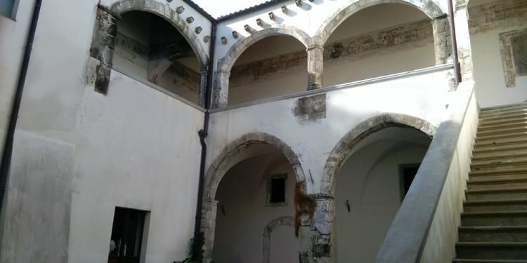 palazzo Novelli di Carinola, sec. xv