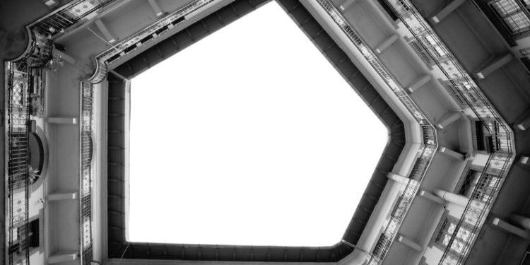 ÁKOS CZIGÁNY - VÁRFOK GALLERY - SKIES: HOMMAGE Á HIROSHI SUGIMOTO - SKY 256-2, 2010-Courtesy Várfok Gallery