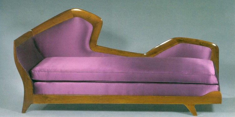 Gio Ponti Meridiénne Sofa Courtesy of Galleria Rossella Colombari, Italy
