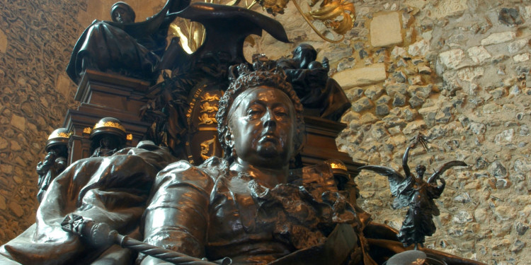 Alfred Gilbert Jubilee Memorial to Queen Victoria, 1887 (detail) Bronze 310 cm Winchester, Winchester Castle