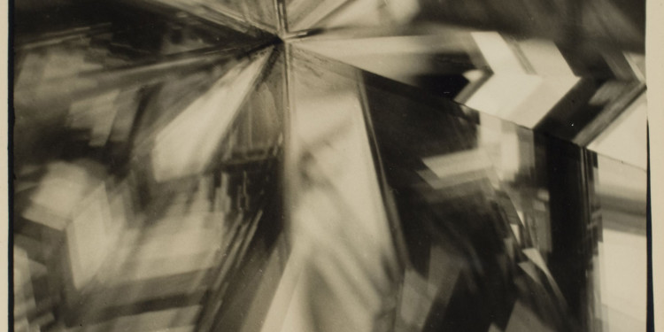 Alvin Langdon Coburn Vortografia, 1917 Stampa alla gelatina ai sali d'argento Collezione George Eastman House, Rochester, NY Courtesy of George Eastman House, International Museum of Photography and Film