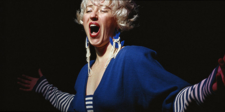 Cindy Sherman. Untitled #119. 1983. Chromogenic color print, 48 1/2 x 94″ (115.6 x 238.8 cm). Courtesy the artist and Metro Pictures, New York. © 2011 Cindy Sherman