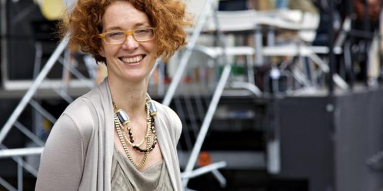 Amanda Coulson - Director