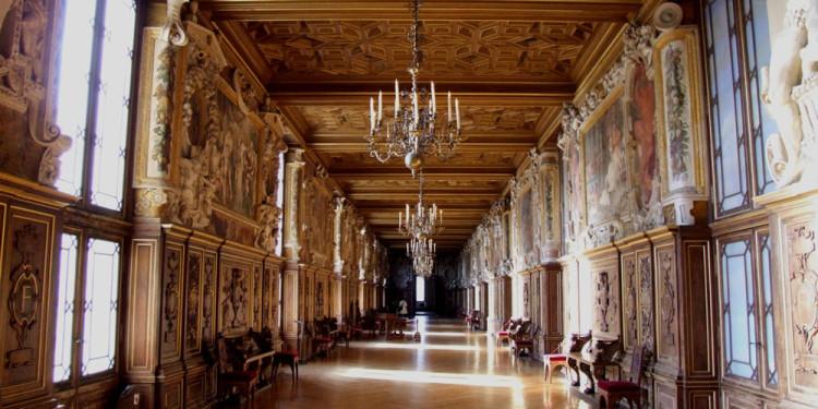 Chateau Fontainebleau interior