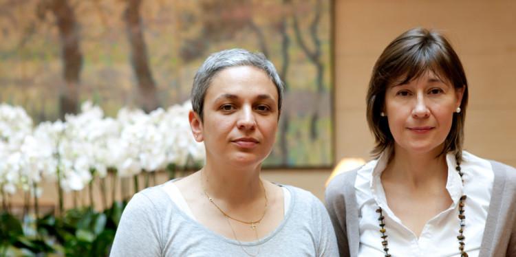 Fotografía de Katya García-Antón (derecha de la foto) y Dora García (a la izquierda de la foto) 2011 Foto: Louis de Leusse