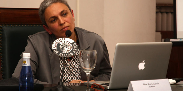 Fotografías Dora García en la presentación del proyecto en Madrid 2011 Foto: Miguel Balbuena