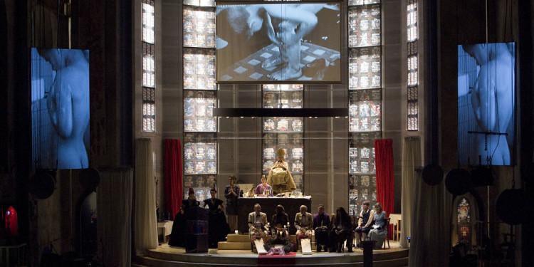 """"""" Eine Kirche der Angst vor dem Fremden in mir """" eine Fluxus-Oratorium von Christoph Schlingensief bei der Ruhrtriennale, Geblaesehalle Duisburg. Urauffuehrung: 21. September 2008."""
