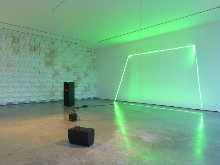 Haroon Mirza Backfade_5, 2011 mixed media Courtesy the artist and Lisson Gallery