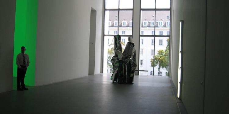 John Chamberlain. Curvatureromance - Pinakothek der Moderne, Munich