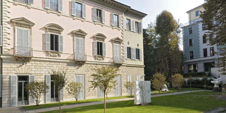 Palazzo Anguissola, facciata verso il giardino interno