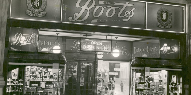 Boots Piccadilly Circus Day and Night store, Londra, anni '30