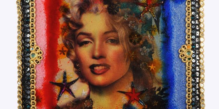 """Omar Ronda, Marilyn - Simonetta, 2011, inedito, dalla serie """"Frozen Portraits"""", resina sintetica e ferro, 134 x 134 cm, collezione dell'autore"""