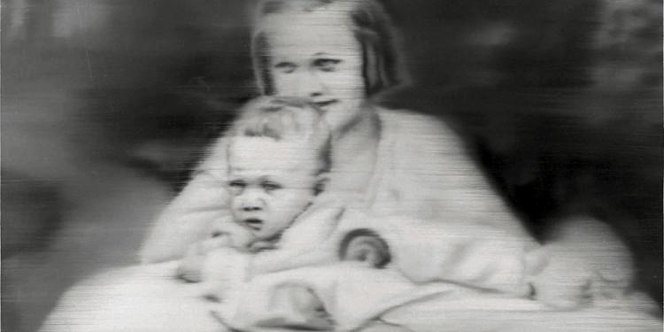 © Gerhard Richter, 2012, Aunt Marianne (Tante Marianne) - 1965, huile sur toile, 100 x 115 cm - Taïwan, Yageo Foundation