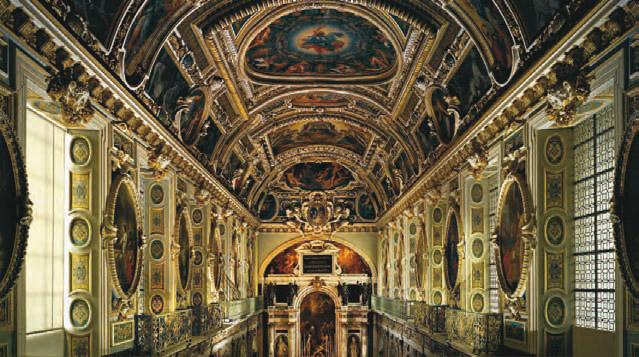 La chapelle de la Trinité vue de la tribune royale © Giovanni Ricci Novara - FMR / Château de Fontainebleau