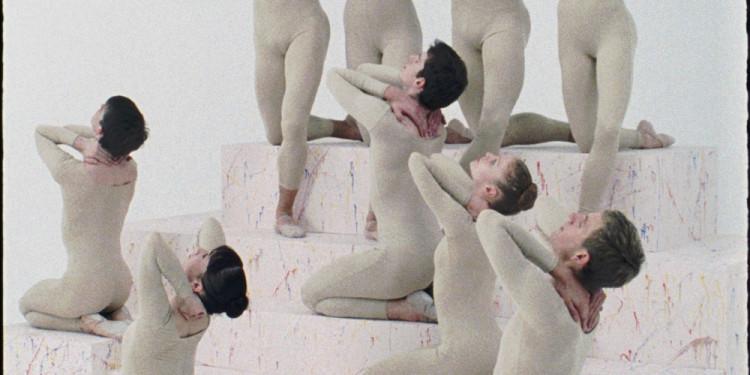 Elad Lassry Untitled (Passacaglia), 2010 Super 16 mm film, senza sonoro durata: 15:27 minuti Courtesy Massimo De Carlo, Milano