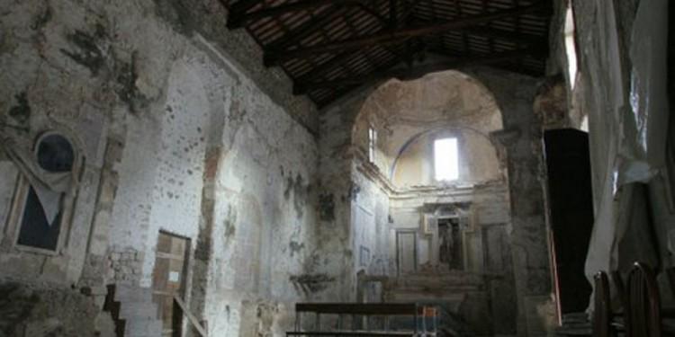 particolare della chiesa annessa al convento di San Francesco nel quale avviene la manifestazione