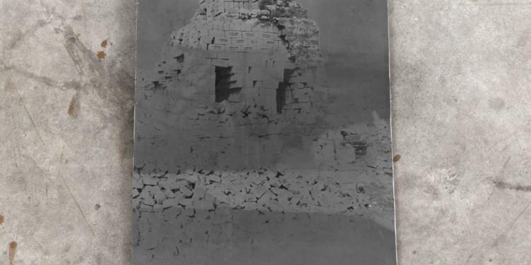 Anselm Kiefer Fulcanelli – die Sprache der Vögel, 2012 Photographs – 19 double pages + cover & back 100x60x5 cm ⓒAnselm Kiefer Photocredit: Charles Duprat Courtesy Lia Rumma Gallery, Milan/Naples