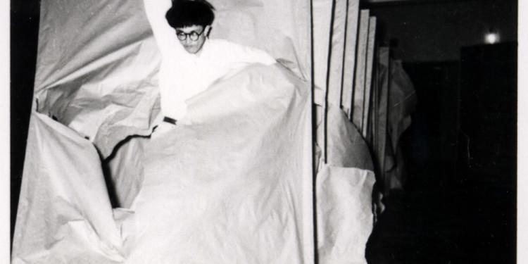 Gutai: Splendid Playground Murakami Saburō Passing Through, 1956 Performance view: 2nd Gutai Art Exhibition, Ohara Kaikan, Tokyo, ca. October 11–17, 1956 © Makiko Murakami and the former members of the Gutai Art Association, courtesy Museum of Osaka University