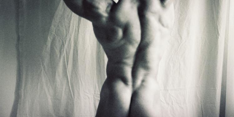 Károly Halász: Body-builder in Renaissance manner, 2000. Courtesy of the Artist