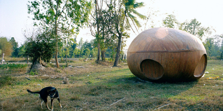 Apichatpong Weerasethakul Primitive, 2009 Production Still. Photo: Apichatpong Weerasethakul © Kick the Machine Films and Illuminations Films)