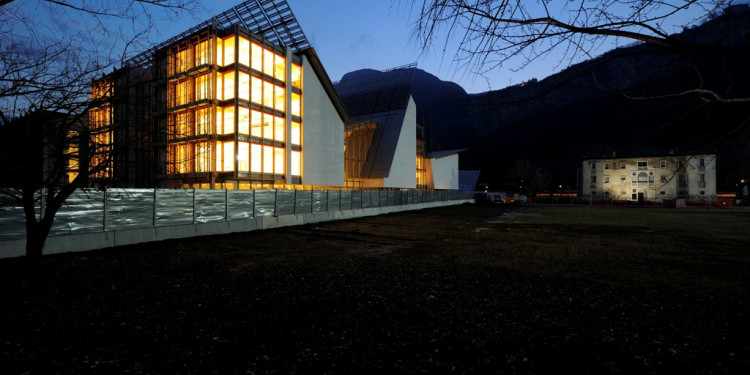 notturna - Fotografo Alessandro Gadotti. Archivio Trento Futura