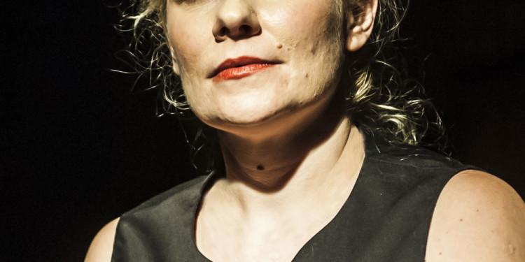 Angie Mautz in Die Schlafenden, regia di Fabrizio Crisafulli, 2013 (foto Lidia Crisafulli)