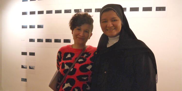 Valentina Colella con SuorSandra, amica artista