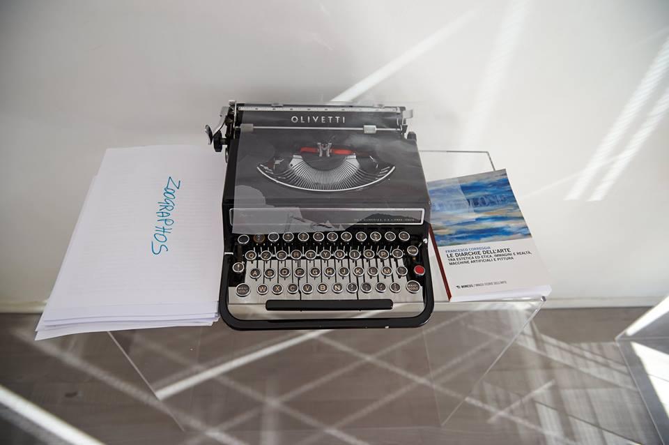 macchina-da-scrivere_libro